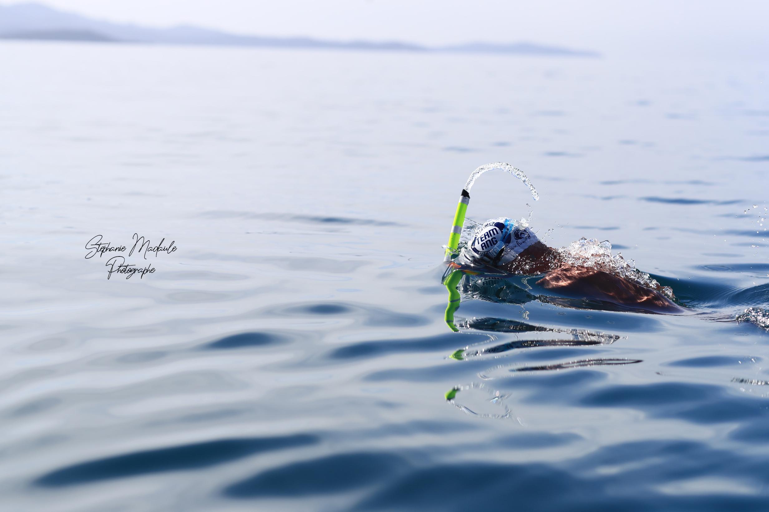 Thierry Corbalan en train de nager
