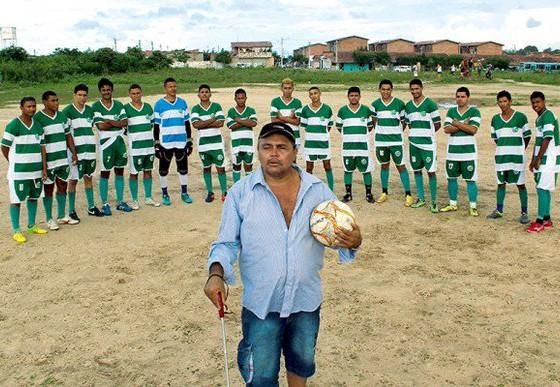The Brazilian football coach with five championship titles …. and who is blind