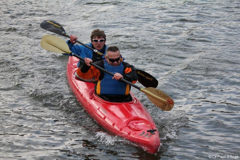 Crossing the Channel in a kayak when you're blind ? Not an easy task!
