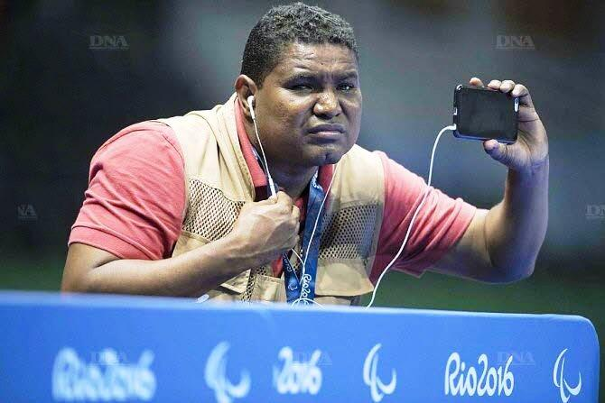 A blind man has become one of the photographers for the 2016 Rio Paralympic Games.