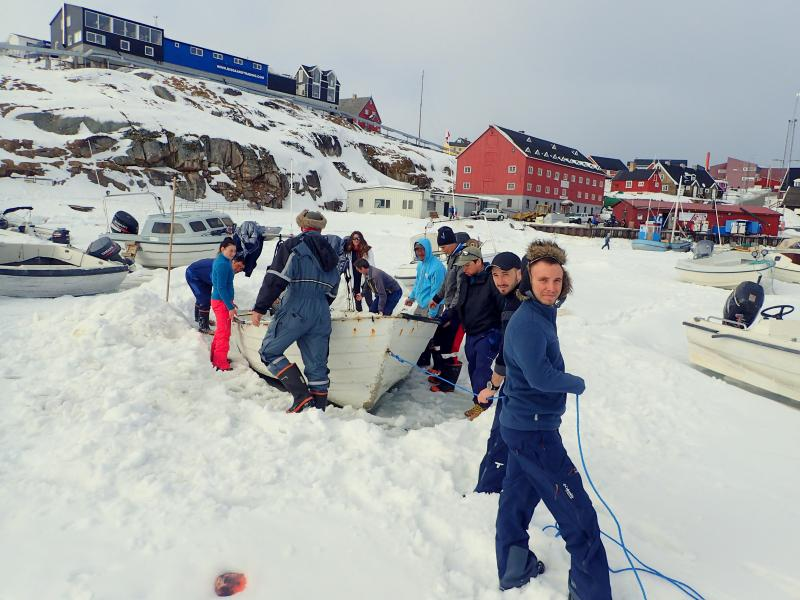 The Association  « Bout de Vie » comes back from an great polar expedition.